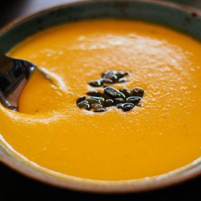 Soupe délicieusement sucrée, salée et aux carottes des Landes